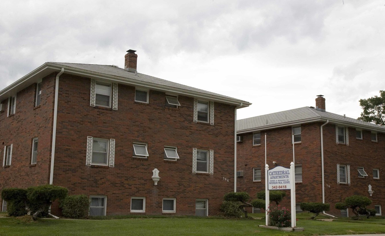 1 Bedroom 1 Bathroom Apartment for rent at Cathedral Apartments in Omaha, NE