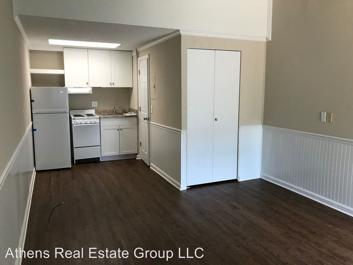 Studio 1 Bathroom Apartment for rent at 1375 College Station Road in Athens, GA