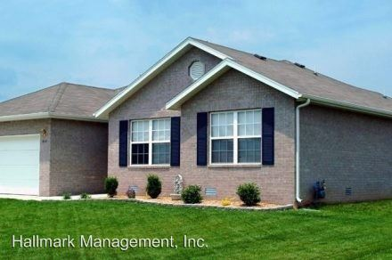 3 Bedrooms 2 Bathrooms Apartment for rent at Ste in Springfield, MO