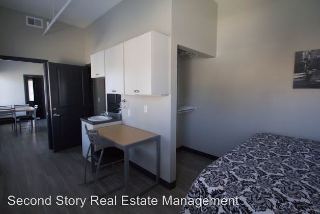 4 Bedrooms 2 Bathrooms Apartment for rent at Vine 324 in Chattanooga, TN