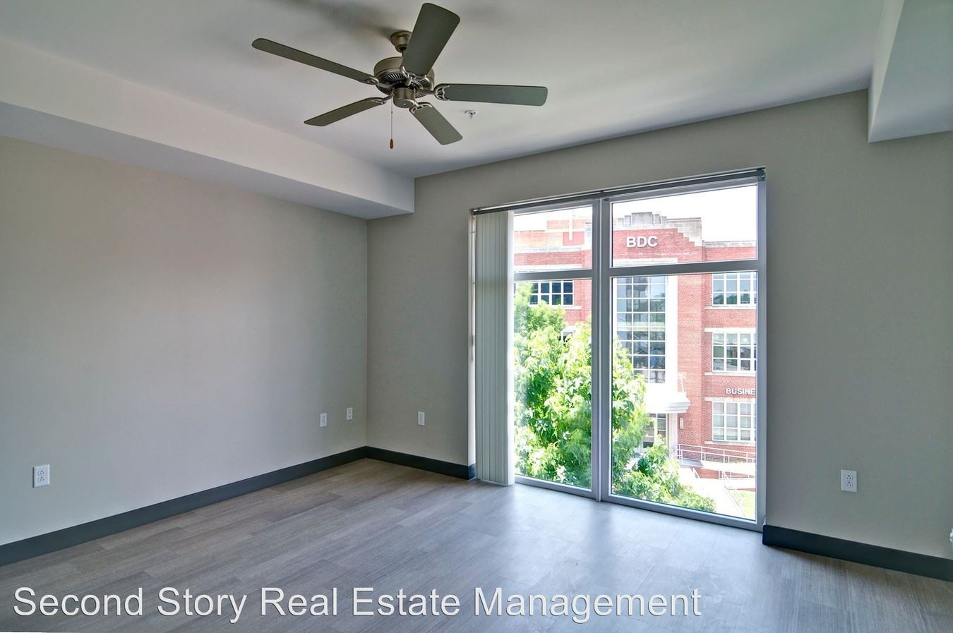 Studio 1 Bathroom Apartment for rent at 20 Cherokee Blvd in Chattanooga, TN