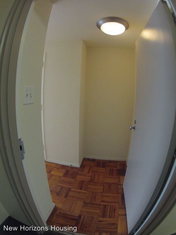 Studio 1 Bathroom Apartment for rent at Washington Place Apartments in Columbus, OH