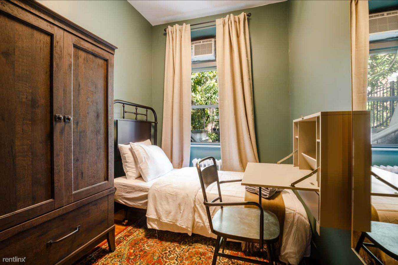 Studio 1 Bathroom Apartment for rent at 305 West 29th Street, New York City, Ny, 10001 in New York City, NY