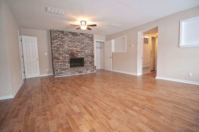 2 Bedrooms 2 Bathrooms Apartment for rent at Harlow House in Kansas City, MO