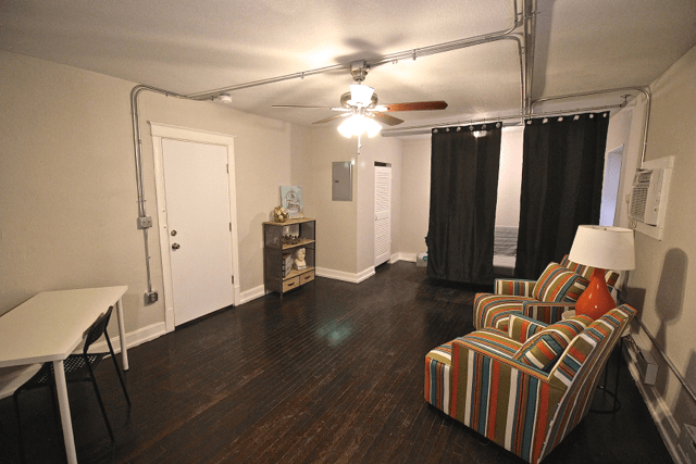 Studio 1 Bathroom Apartment for rent at Studios on Broadway | Newly Renovated in Kansas City, MO