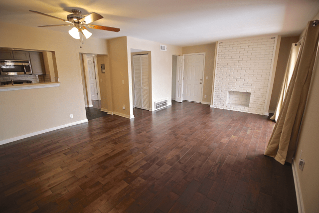 1 Bedroom 1 Bathroom Apartment for rent at Warwick Gardens in Kansas City, MO
