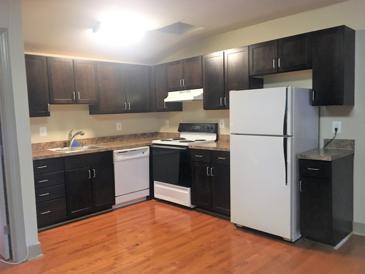 2 Bedrooms 1 Bathroom Apartment for rent at 513 Park Ave in Baltimore, MD