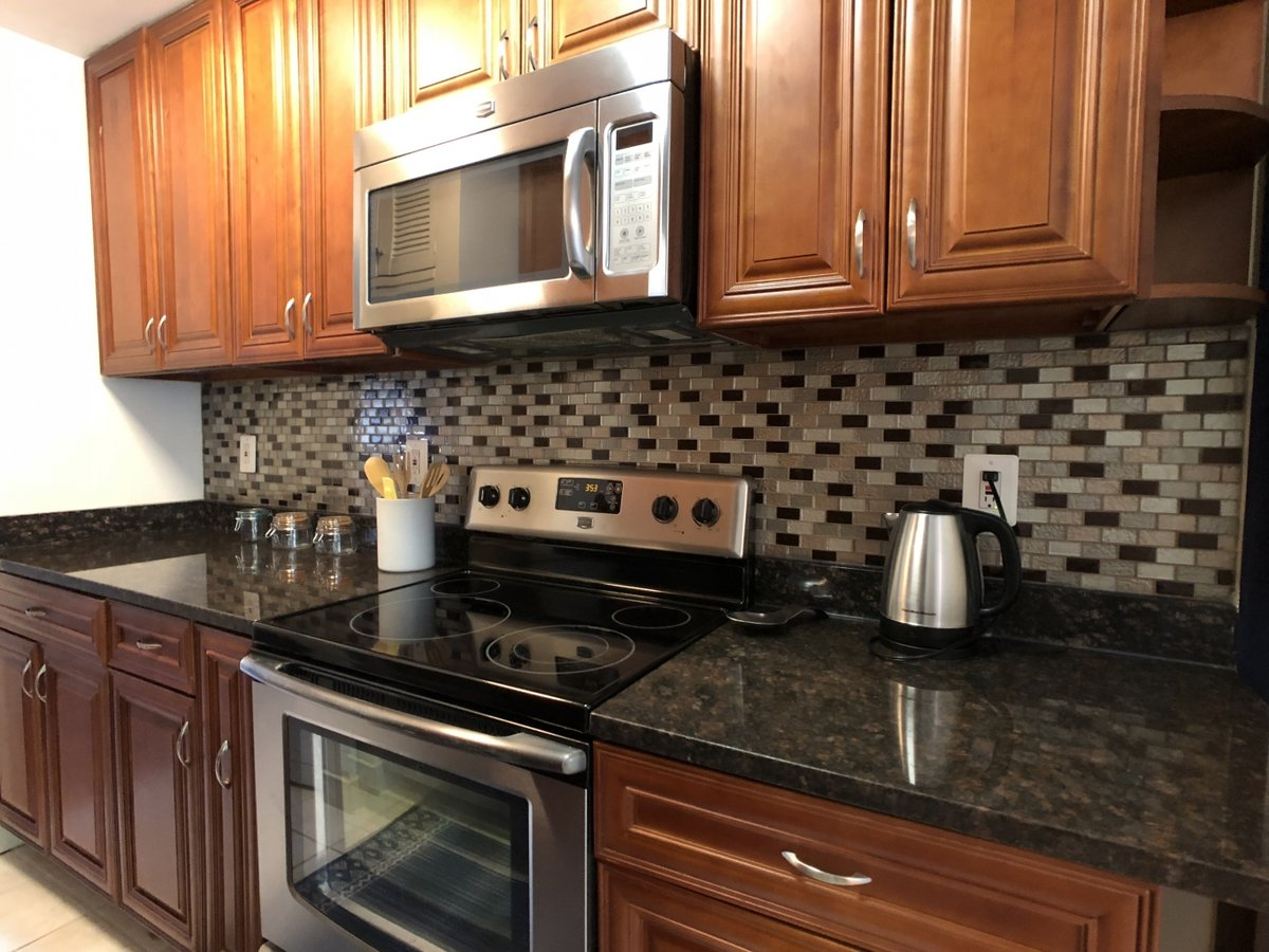 1 Bedroom 1 Bathroom Apartment for rent at 713 Saint Paul Street in Baltimore, MD