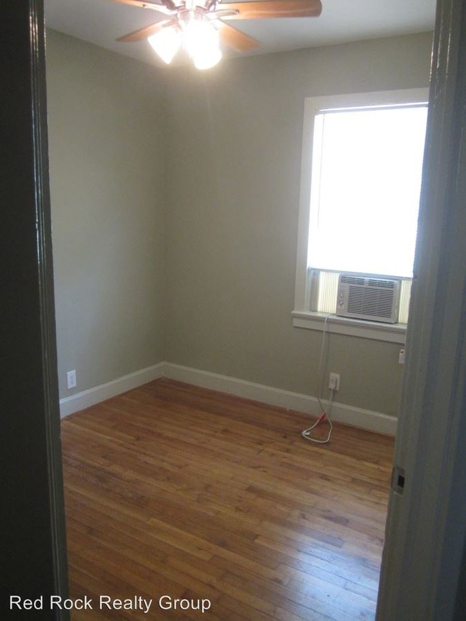 2 Bedrooms 1 Bathroom Apartment for rent at 1501-1509 19th Street 1900-1905 15th Ave So in Birmingham, AL