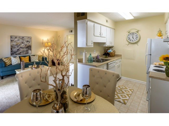 Apartments Near UNCW The Preserve At Pine Valley for University of North Carolina-Wilmington Students in Wilmington, NC