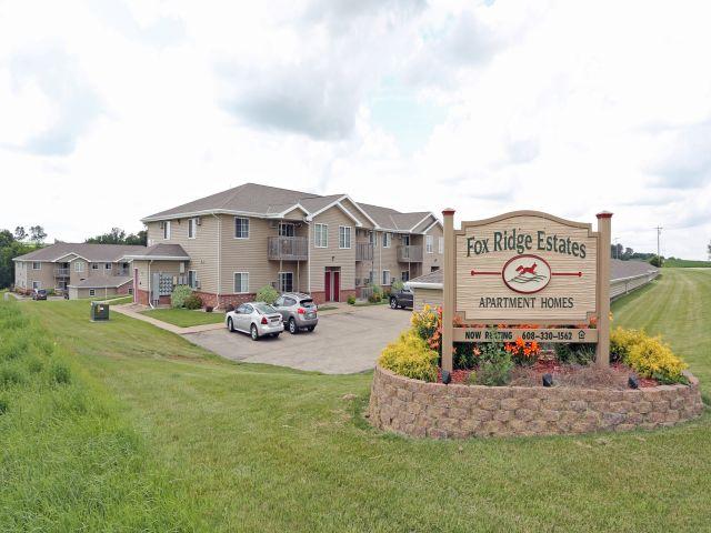 Apartments Near UW-Platteville Fox Ridge Estates for University of Wisconsin-Platteville Students in Platteville, WI