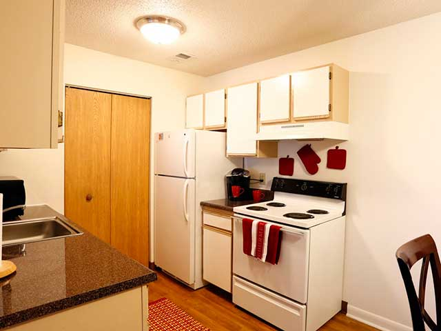 Apartments Near Ohio Quail Run Apartments for Ohio Students in , OH