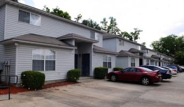Savannahs Apartments Apartment for rent in Tallahassee, FL