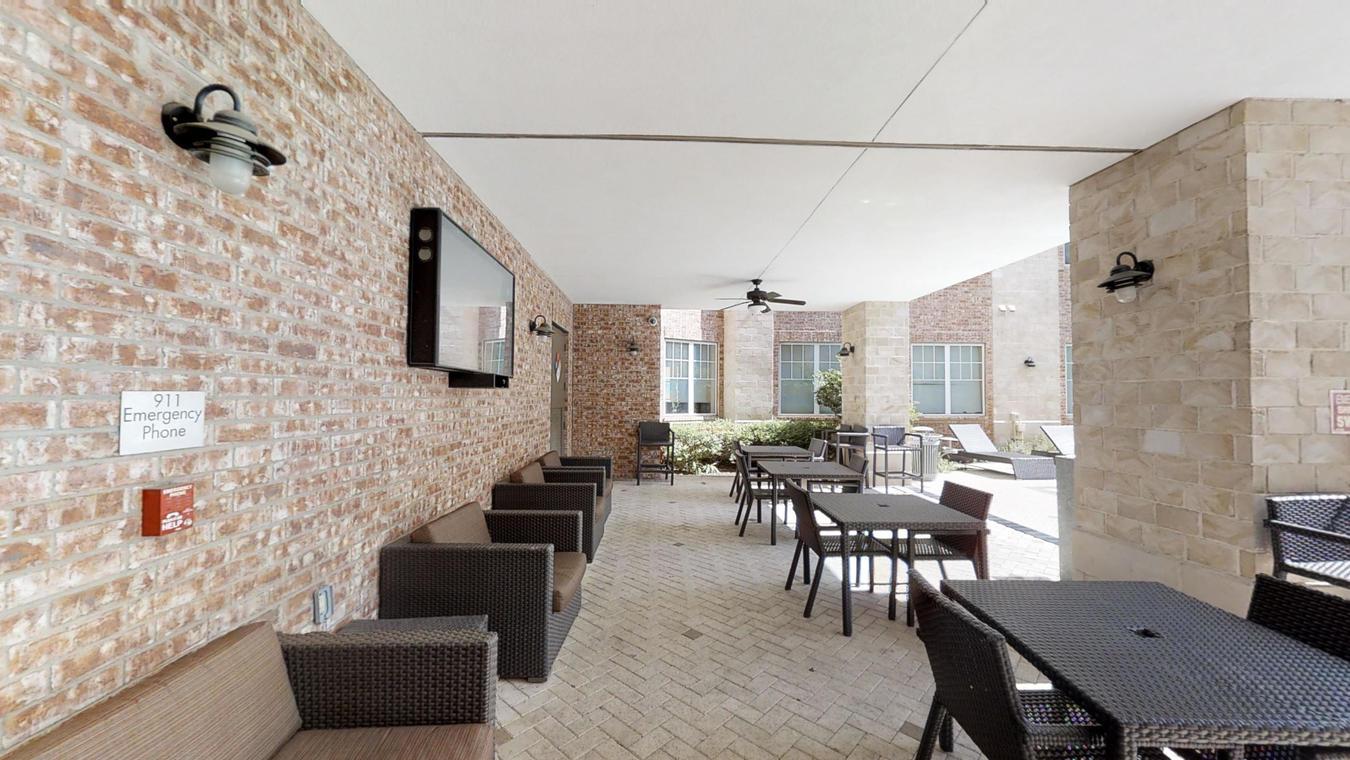 The Quarters Nueces House Apartments Austin, TX
