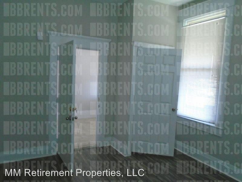 2 Bedrooms 1 Bathroom Apartment for rent at 545 Rockdale Avenue, in Cincinnati, OH