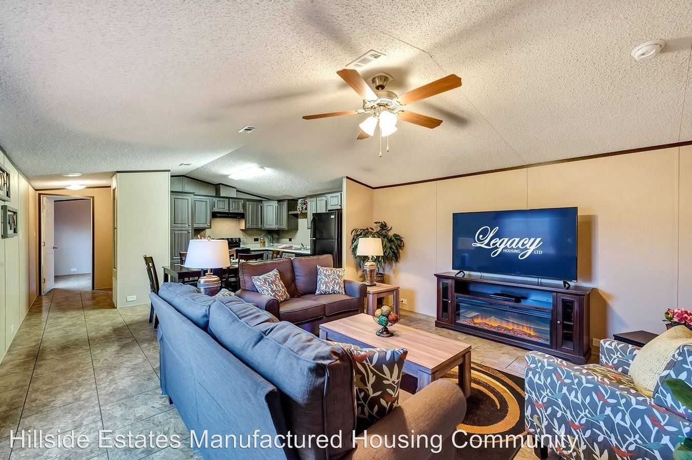 3 Bedrooms 2 Bathrooms Apartment for rent at 11319 Ff Hwy Lot B-11 in Joplin, MO
