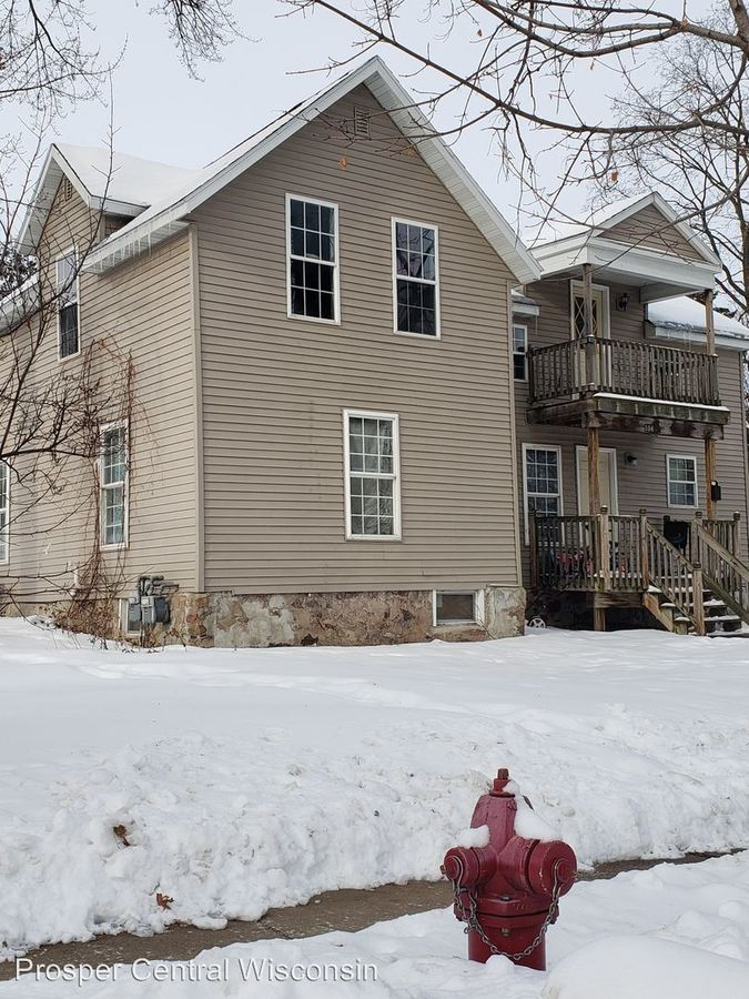 2 Bedrooms 1 Bathroom Apartment for rent at 104 N 6th Ave in Wausau, WI