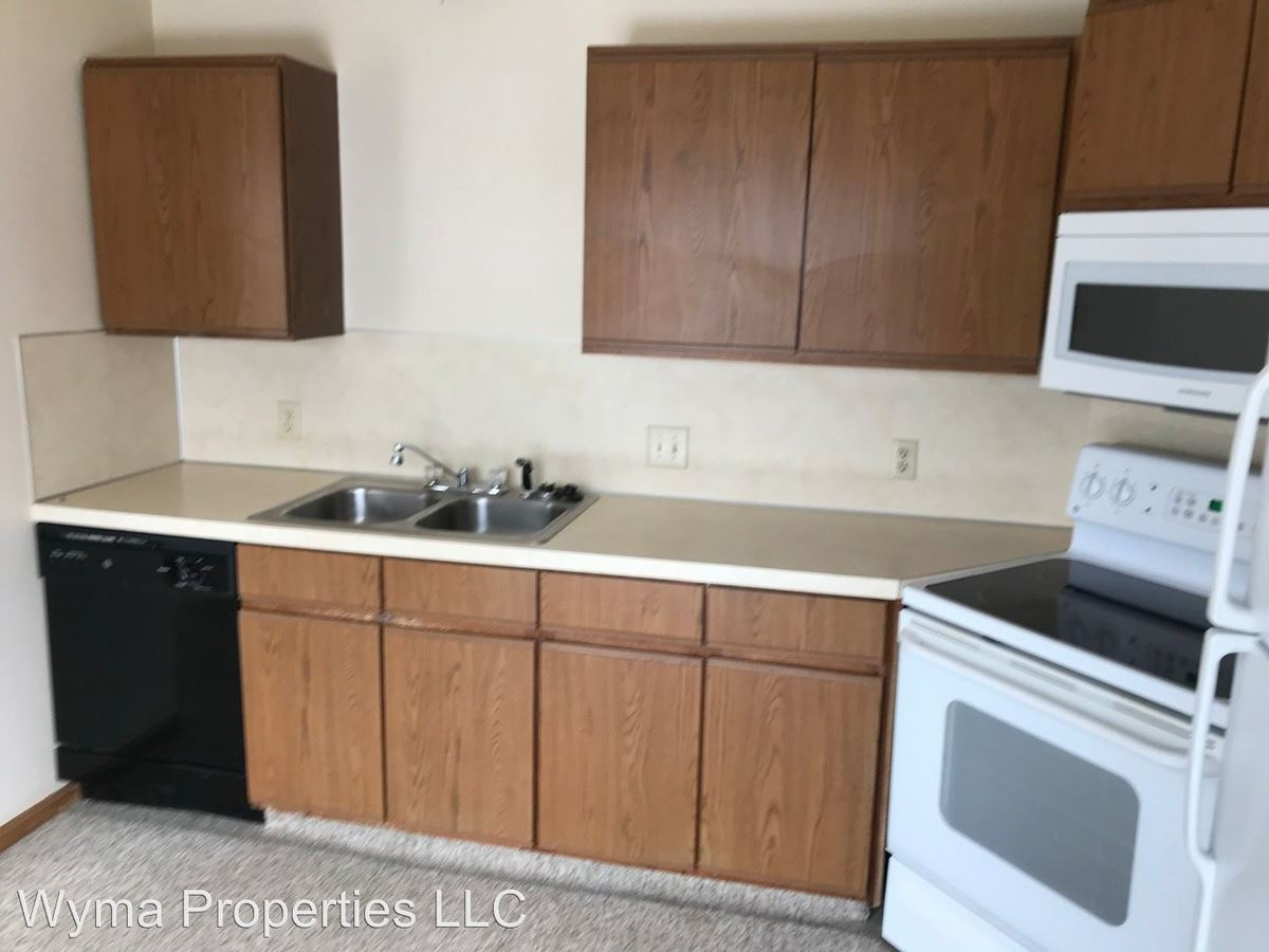 2 Bedrooms 1 Bathroom Apartment for rent at 2906 Earle Ave Sw in Grandville, MI
