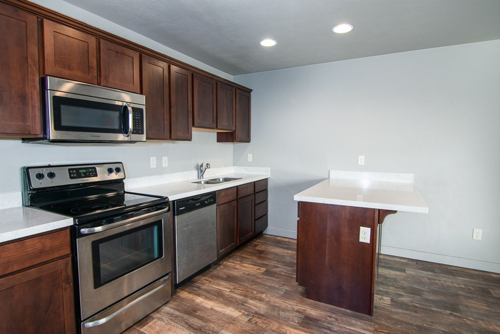 Edgewater In Vineyard for rent