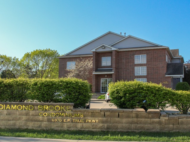 Apartments Near West Des Moines Diamond Brooke for West Des Moines Students in West Des Moines, IA
