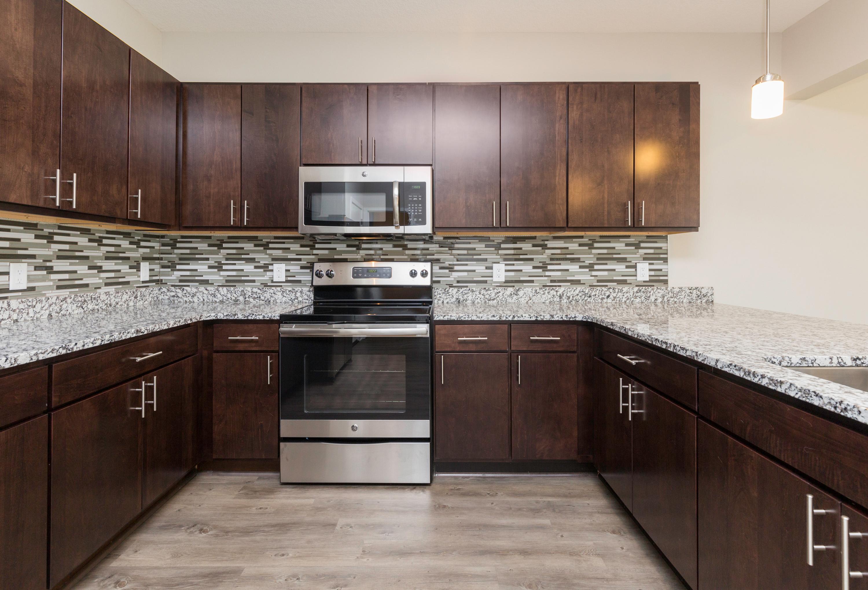 Apartments Near University of Phoenix-Iowa 5fifty5 for University of Phoenix-Iowa Students in Des Moines, IA