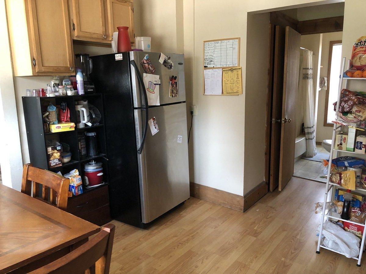 4 Bedrooms 2 Bathrooms Apartment for rent at 35 N Mills Street in Madison, WI