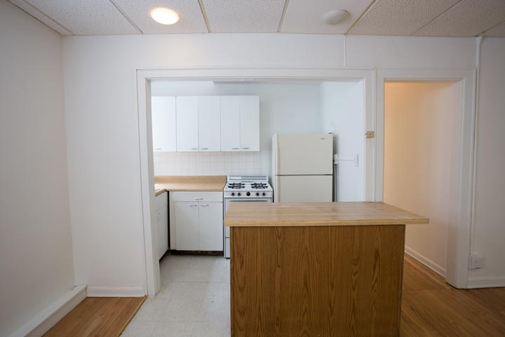 3 Bedrooms 1 Bathroom Apartment for rent at 5120 S. Hyde Park Boulevard in Chicago, IL