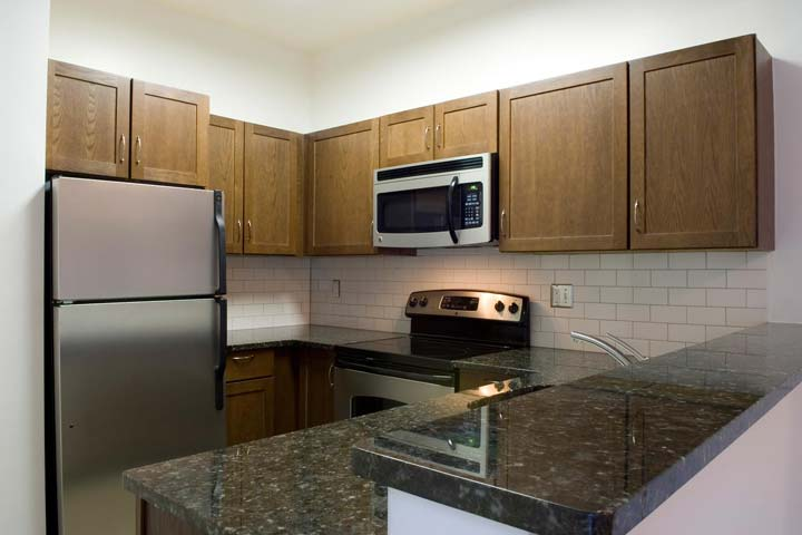 2 Bedrooms 1 Bathroom Apartment for rent at Yankee Hill in Kansas City, MO