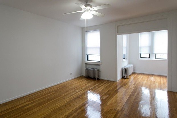 4 Bedrooms 3 Bathrooms Apartment for rent at 5508 S. Cornell Avenue in Chicago, IL