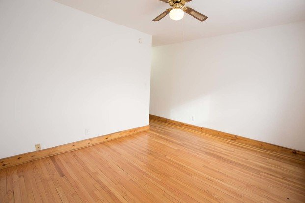 2 Bedrooms 1 Bathroom Apartment for rent at 1018 E. 54th Street in Chicago, IL