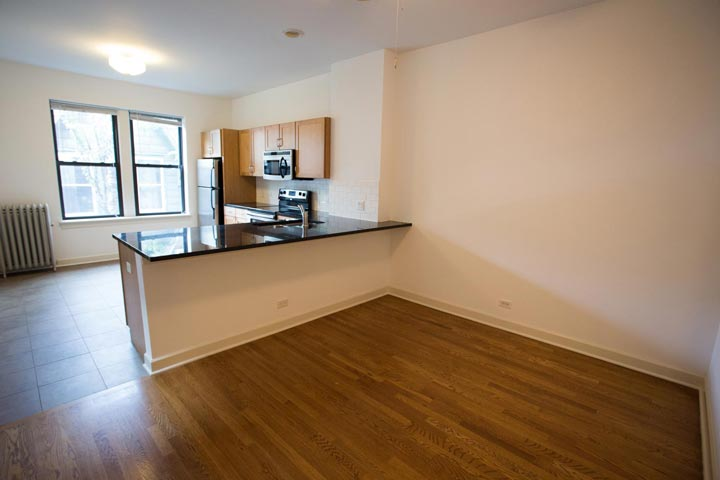 2 Bedrooms 1 Bathroom Apartment for rent at 5326-5336 S. Greenwood Avenue in Chicago, IL