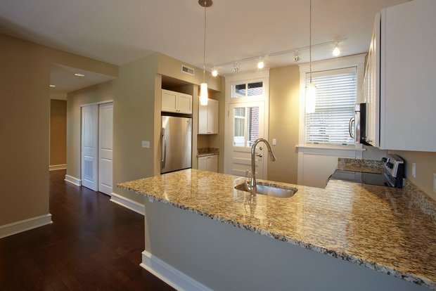 2 Bedrooms 1 Bathroom Apartment for rent at Argyle in St Louis, MO