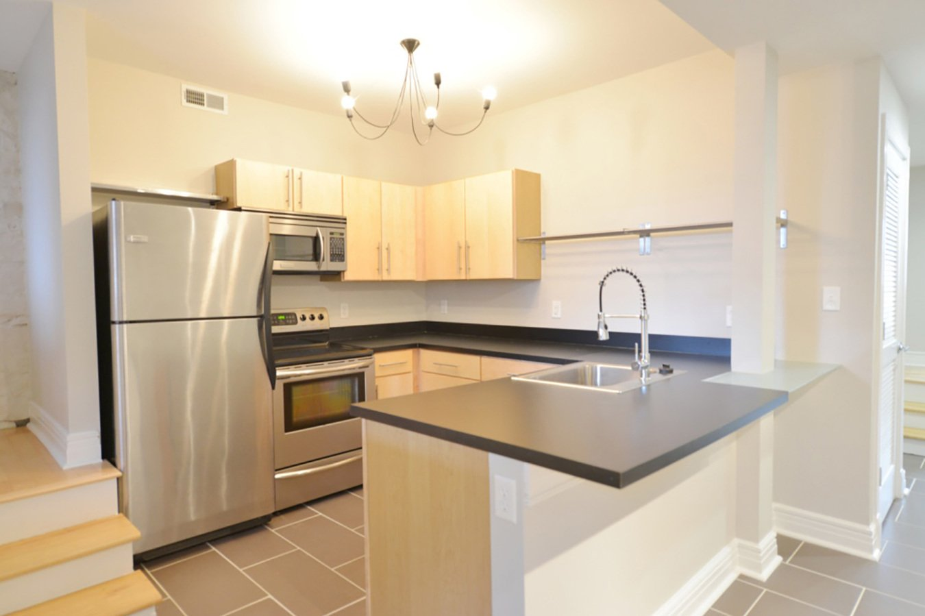 2 Bedrooms 1 Bathroom Apartment for rent at Melrose Apartments in St Louis, MO