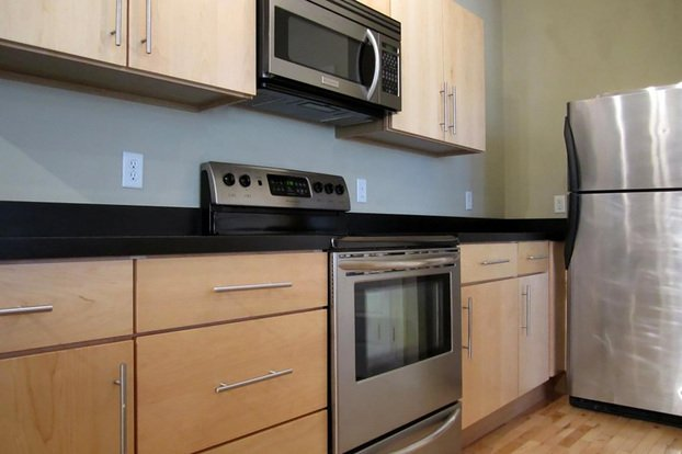 3 Bedrooms 2 Bathrooms Apartment for rent at Melrose Apartments in St Louis, MO