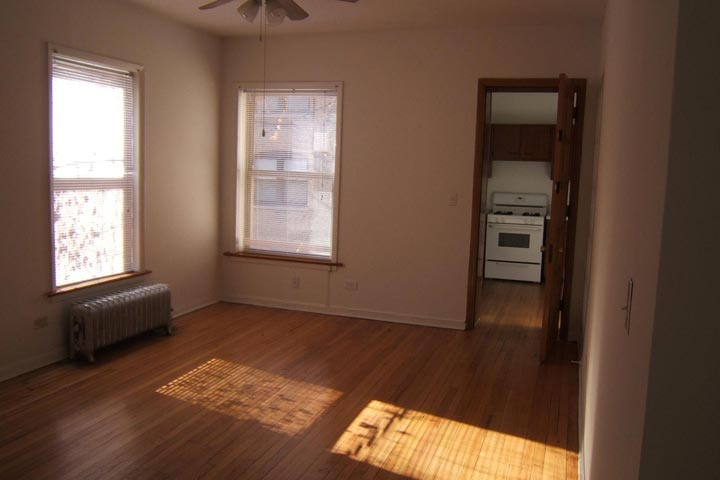2 Bedrooms 1 Bathroom Apartment for rent at Harper Court in Chicago, IL