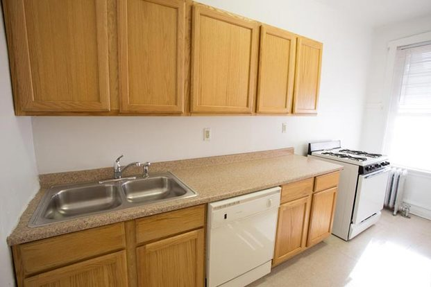 1 Bedroom 1 Bathroom Apartment for rent at 5300-5308 S. Greenwood Avenue in Chicago, IL