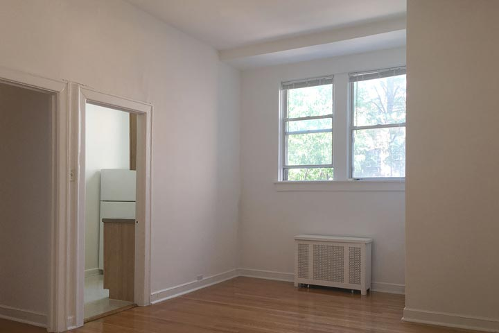 2 Bedrooms 1 Bathroom Apartment for rent at 5120 S. Hyde Park Boulevard in Chicago, IL