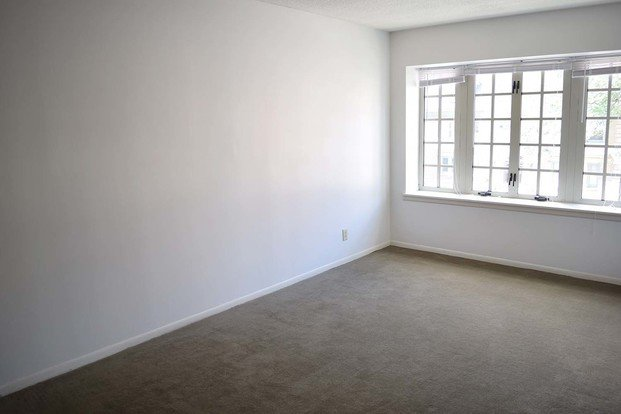 2 Bedrooms 1 Bathroom Apartment for rent at Ricardo in Kansas City, MO