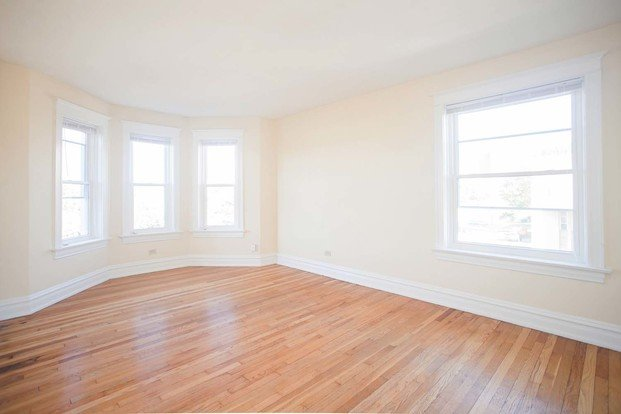 3 Bedrooms 1 Bathroom Apartment for rent at Vandy House in St Louis, MO