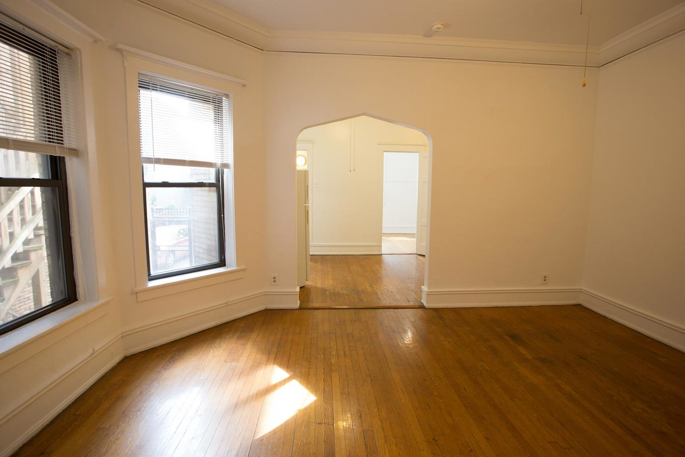 1 Bedroom 1 Bathroom Apartment for rent at 5474-5480 S. Hyde Park Boulevard in Chicago, IL