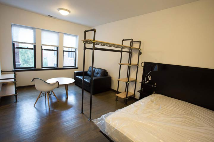 Studio 1 Bathroom Apartment for rent at 5300 S. Drexel Avenue in Chicago, IL