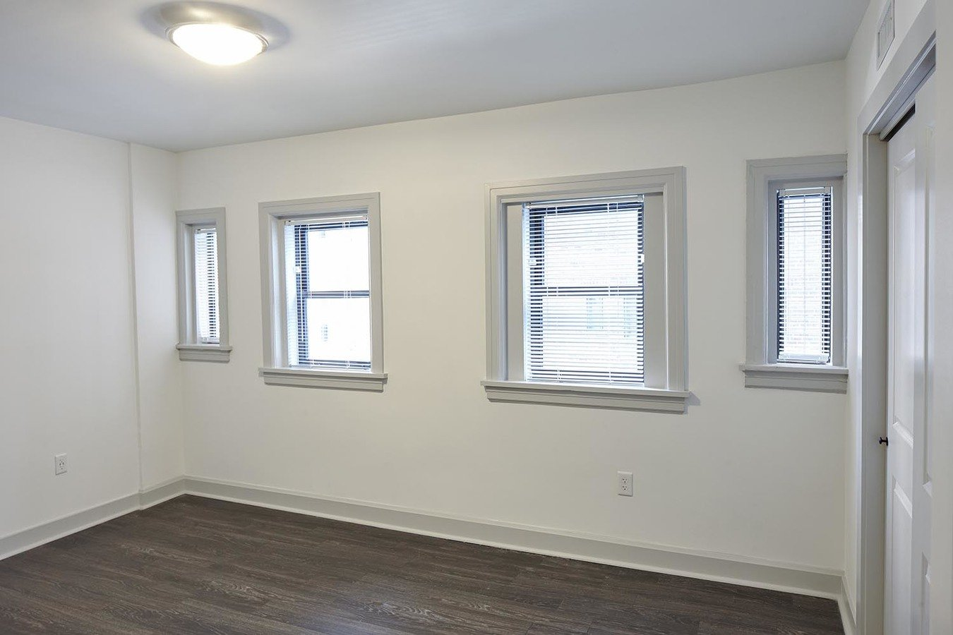 1 Bedroom 1 Bathroom Apartment for rent at The Newbern in Kansas City, MO