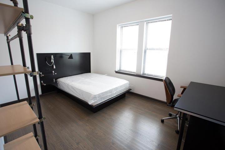 Studio 1 Bathroom Apartment for rent at 5300 S. Drexel Avenue in Chicago, IL