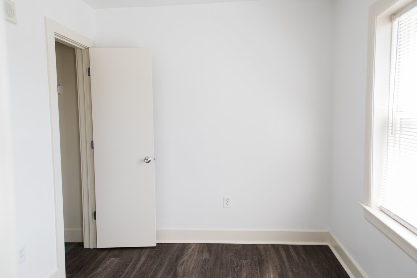 Studio 1 Bathroom Apartment for rent at Clyde Manor in Kansas City, MO