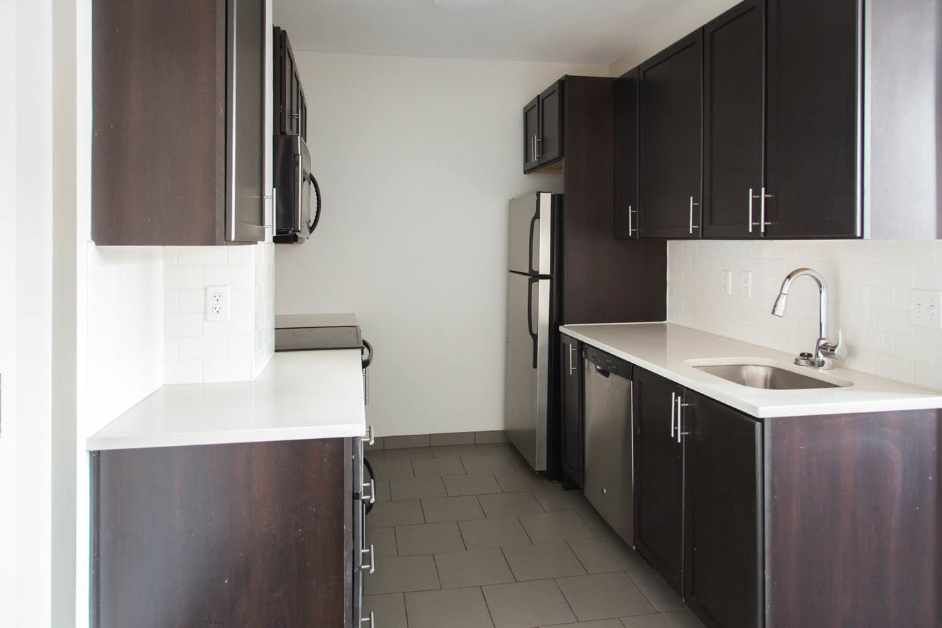 Studio 1 Bathroom Apartment for rent at Bellerive in Kansas City, MO