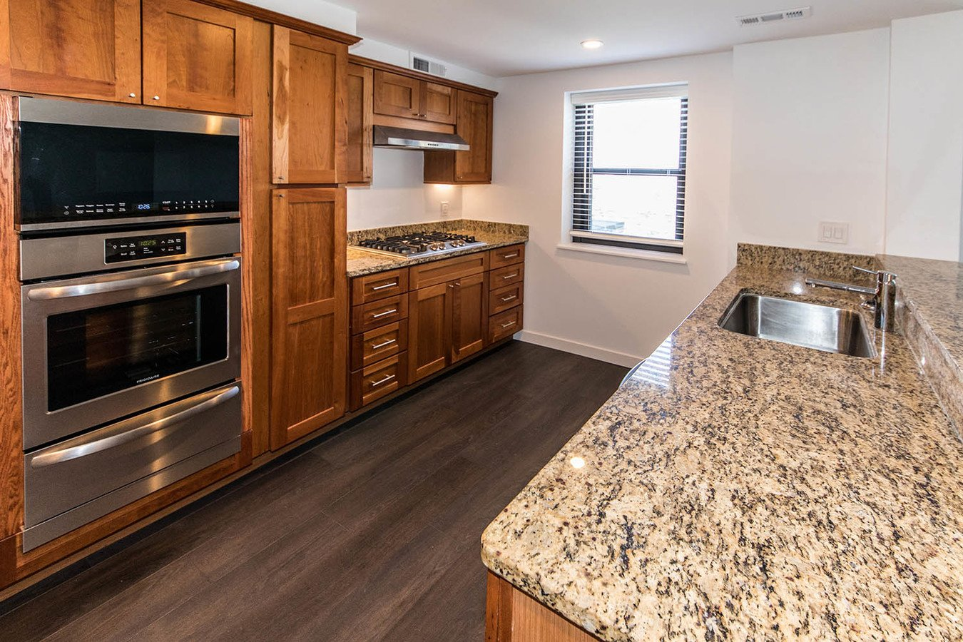 3 Bedrooms 1 Bathroom Apartment for rent at Parc Frontenac in St Louis, MO