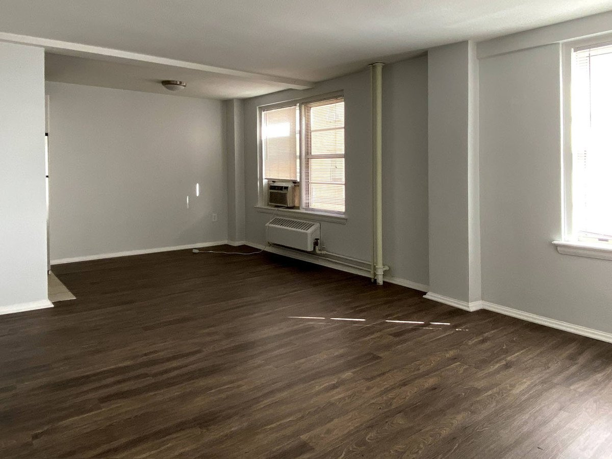 1 Bedroom 1 Bathroom Apartment for rent at Westport Central in Kansas City, MO