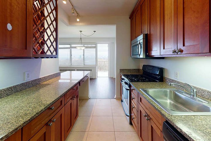 3 Bedrooms 1 Bathroom Apartment for rent at Dorchester in St Louis, MO
