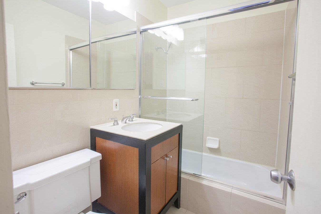 Studio 1 Bathroom Apartment for rent at Dorchester in St Louis, MO