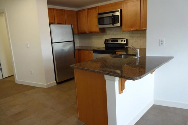 1 Bedroom 1 Bathroom Apartment for rent at Brownhardt in Kansas City, MO